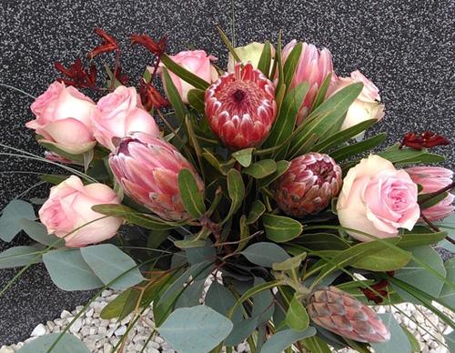 bukiet z proteą kwiaciarnia Kielce